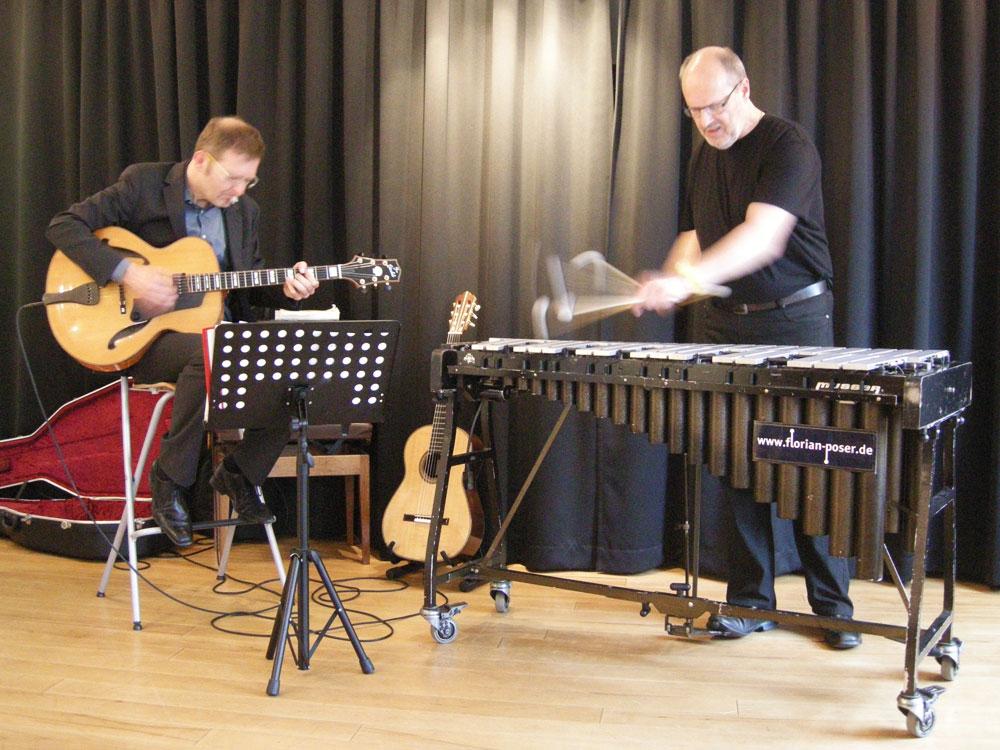 Martin Flindt (Gitarre) und Florian Poser (Vibraphon)