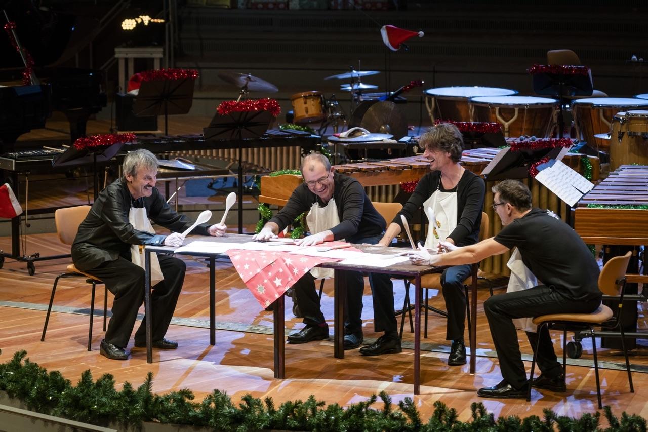 Konzert · Winter Drummerland // Die Schlagzeuger der Berliner Philharmoniker spielen »Eine kleine Tischmusik« // 2. Dezember 2018